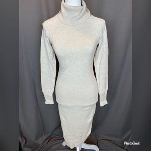 Moda size small turtleneck sweater dress
